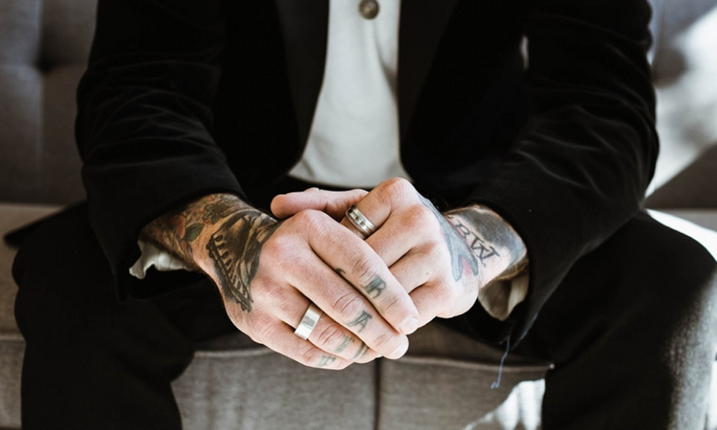 Nosite Prsten Na Tomto Prste Znaci To Vysoky Intelekt Babinet Cz