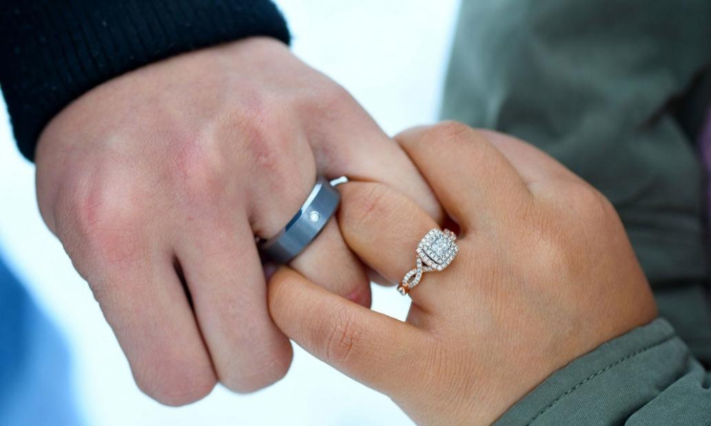 velký o kohout prsten